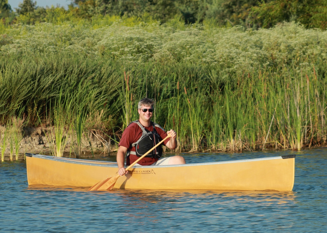 Solo and tandem canoes